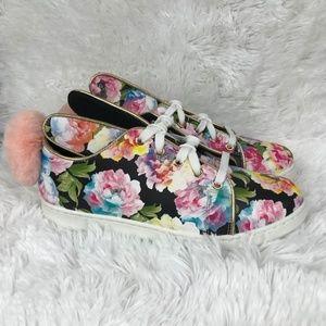 E2 - Floral Bunny Shoes - Size 7